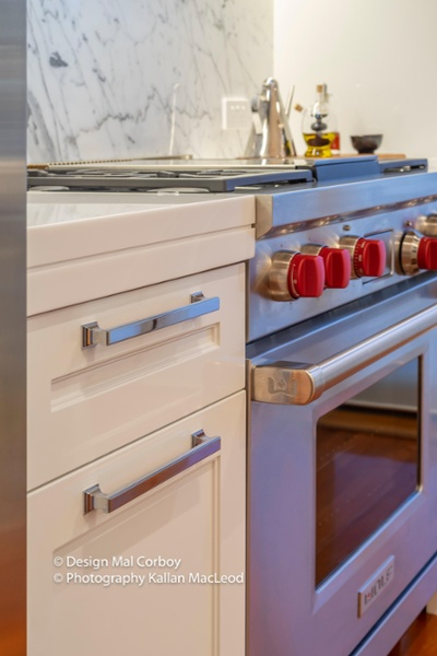 Grey Lynn Kitchen Stove and Drawer Face Close Up