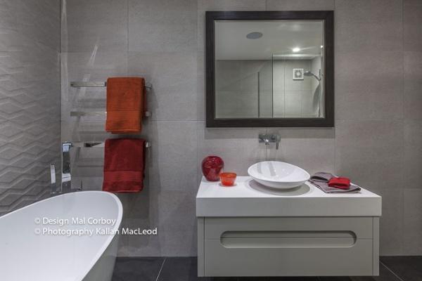 Mission-Bay_bathroom