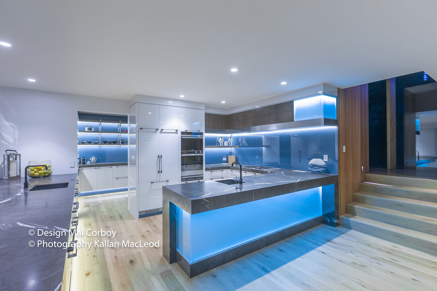 Onetangi Beach – Kitchen