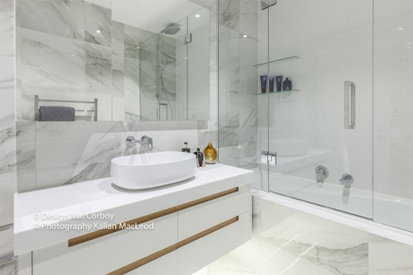 Market-Square-Viaduct-bathroom2-1024x682.jpg
